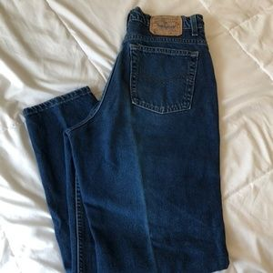 Levi High Waist Mom Jeans Size 14 M